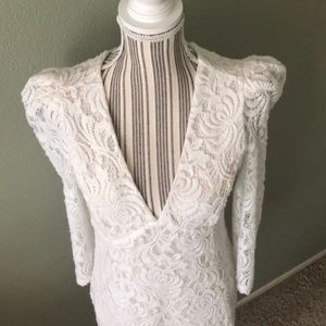 Free People Dresses - NEW Free People lace/crochet puff shoulder dress